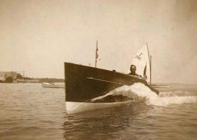 Autoboot 1930