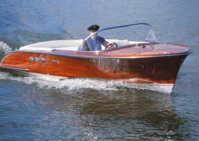 Elektroboot 660 Classic furniert 2001