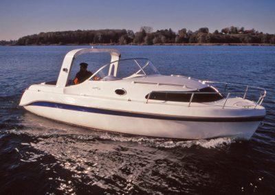 """Elektro-Yacht """"800 Tour"""""""