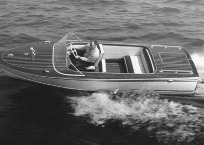 "Motorboot ""Delphin"" 120 PS 1965"