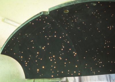 Dampfbad-Kuppel mit Sternenhimmel